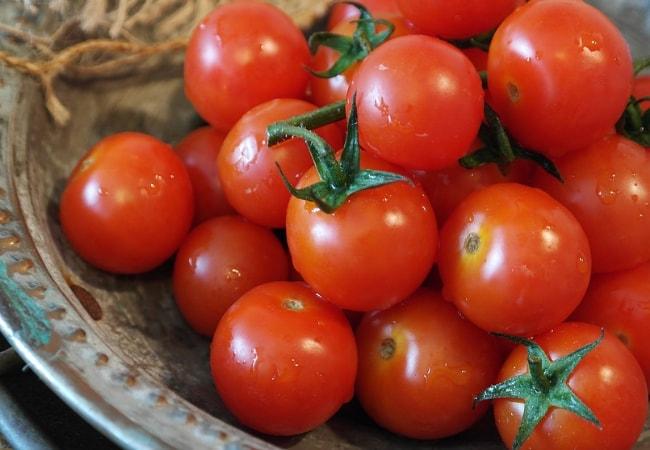 masker wajah madu dan tomat