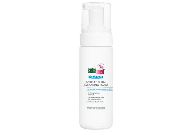 Sebamed Clear Face Antibacterial Cleansing Foam, face wash untuk kulit berminyak
